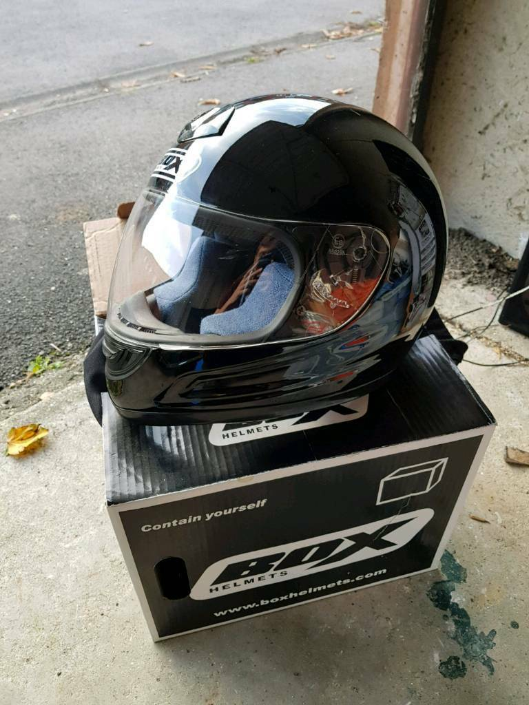 Box black bike helmet small