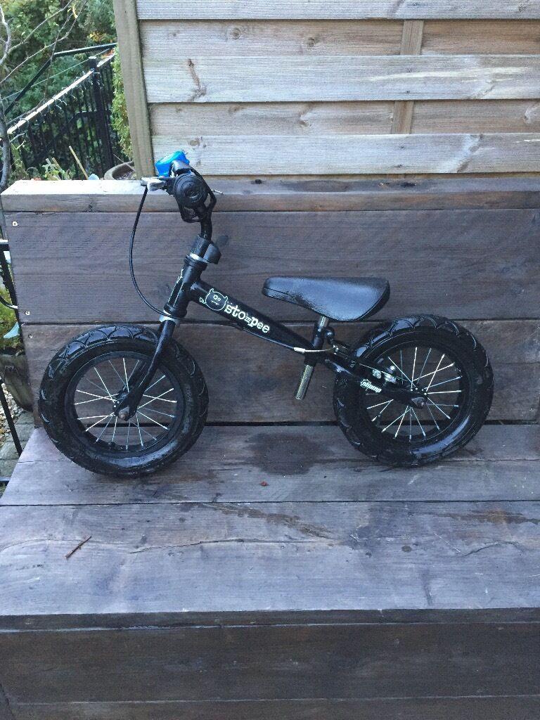 STOMPEE Balance bike 2-6 years very good condition.