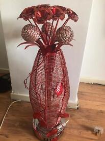 Metal flowery lamp large