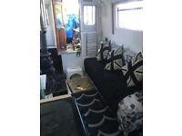 42 ft newly refurbed liveaboard Houseboat Narrowboat