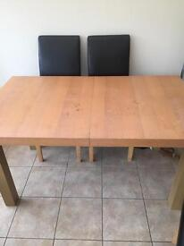 Dinning table no chairs