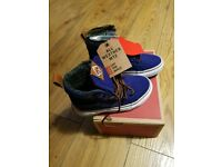 Vans kids shoes size uk 10.5 brand new in box for all weather