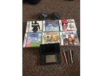 DS WITH 6 games, case and chargers