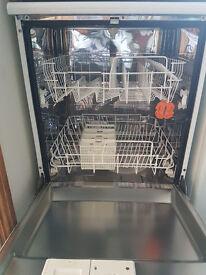 Indesit D4000 Dishwasher