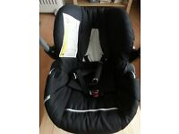 Hauck Group 0+ Car seat and Bouncer