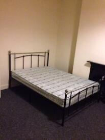 Double room for rent in leicester