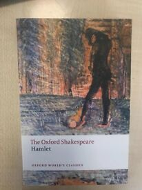 Hamlet- The Oxford Shakespeare in brand new condition