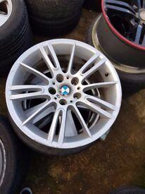 Bmw Mv3 Genuine Alloy Wheel REAR 8.5j SINGLE WHEEL CAN POST (1 wheel)