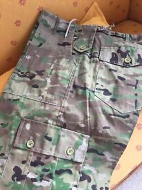 2 x pairs Mens camouflage trousers