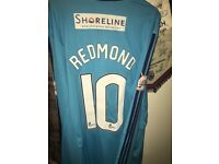 Danny redmond matchworn signed shirt for sale. Great gift for any accies fan