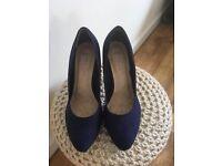 Size 5 Navy high heels