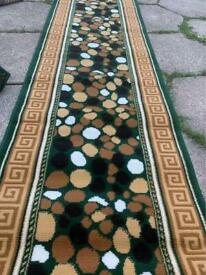 Brand New long runner corridor rugs size 320x60cm runner hallway rugs £40