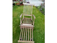 Garden lounger / steamer chair for sale
