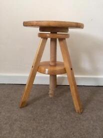 Artist / photography / pottery stool