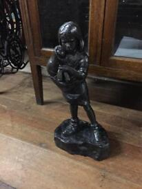 Bronze figurine of a young girl