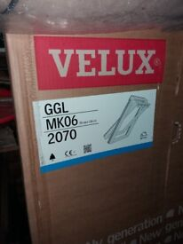Velux GGL MK06 2070. WHITE PAINTED BOXED AND UNOPENED