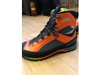 Scarpa Charmoz size 10 winter boots & crampons