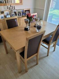 Dining table, 6 chairs, sideboard and mirror