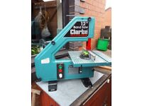 Clarke 12inch band saw variable speed can be seen woking contact me on 07582247738