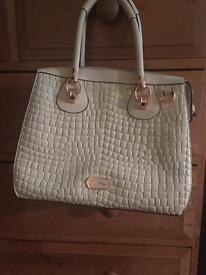 Stunning Cream Folli Follie Top Handle Bag