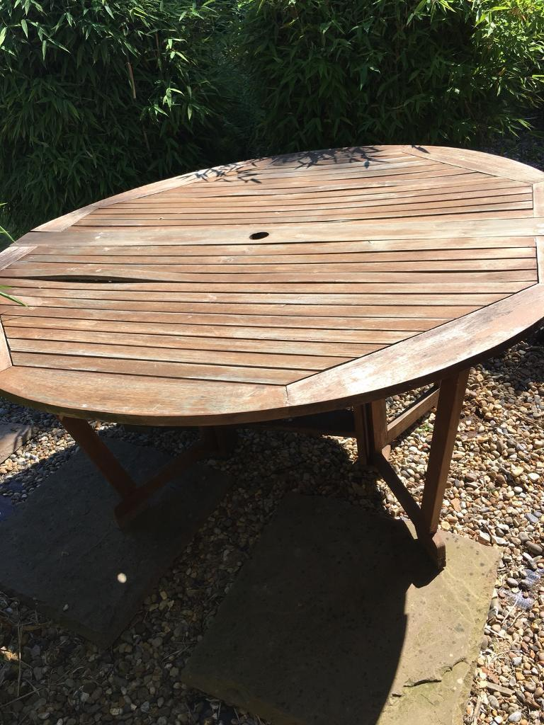 Round Wooden Garden Table 6 Chairs And Lazy Susan In