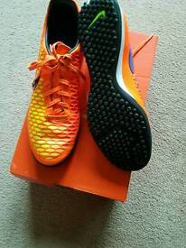 Nike football trainers size 11 new condition