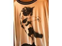 Cat jumper size M
