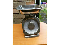 Kitchen Scales Excellent Working