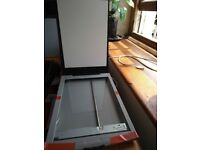 CANONSCAN LIDE 25 SCANNER - WORKS PERFECTLY - £9