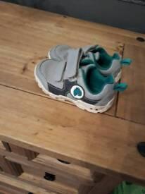 Clarks grey trainers 6G