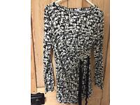 Maternity top size 8 brand new