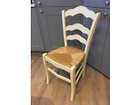 Pretty country style, shabby chic chair