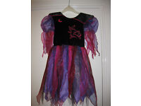 ITS NEARLY HALLOWEEN! GET READY WITH A LOVELY WITCH COSTUME age 4-6 - BEAUTIFUL COLOURS & DESIGN