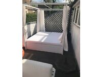 Ibiza Outdoor Bed - Beach Club Style- good condition - (RP 1800,-)