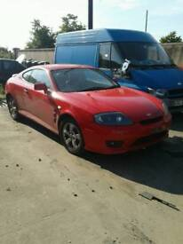 2006 Hyundai coupe 1.6 petrol for breaking only all parts available