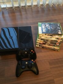 XBOX 360 with 2 Controllers & 7 GAMES