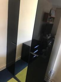 High gloss black bedroom furniture