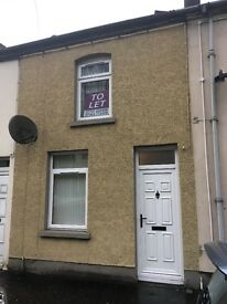 1 Bed Newly Renovated House - Bank Road
