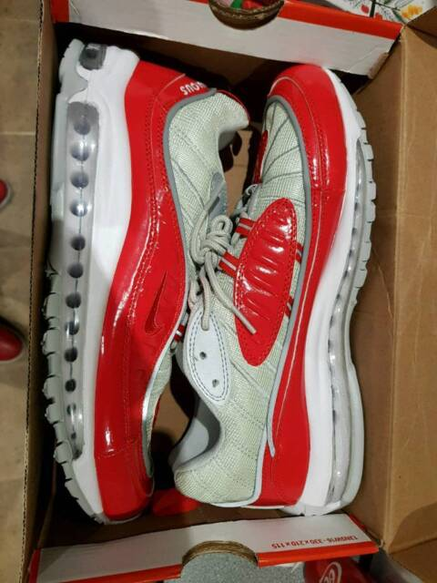 first rate 30fc3 39e2b Brand new supreme x Nike air max 98s red size 9 boxed | in Romford, London  | Gumtree