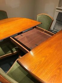 G Plan Oval Wooden Dining Table Seats 6 - 8