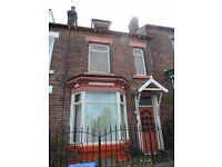A large Attic double bedroom 325 all in no bond or fees, cleaner, gardner inclusive