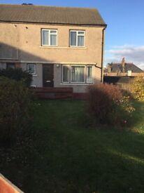 FullyFurnished 2 Bedroomed semi-detached House/flat - £620pcm + £620 Deposit