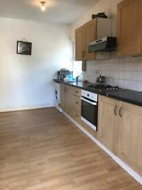 A DOUBLE ROOM. IN WALTHAMSTOW please call Alex on 0208 509 1588