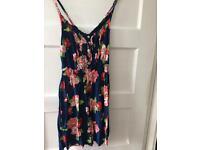 Hollister flowery dress, size XS