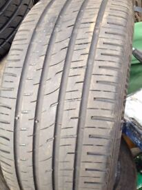 225/40R18 Tyres with Very good Tread 7mm x 4 available Bravuris 3