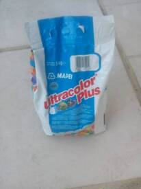 Mapei Ultra Colour Plus grout 5kg New & Sealed (2 white & 2 black) available price is per bag