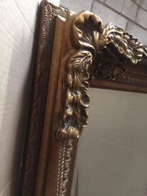 Lenore curve Wall mirror