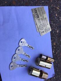 Banham lock cylinders m2002