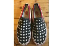 Vans - authentic Stars and Stripes size 5.5