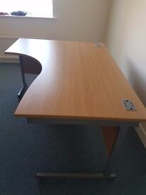 left handed deep Beech effect curved office desk good quality 1600mm